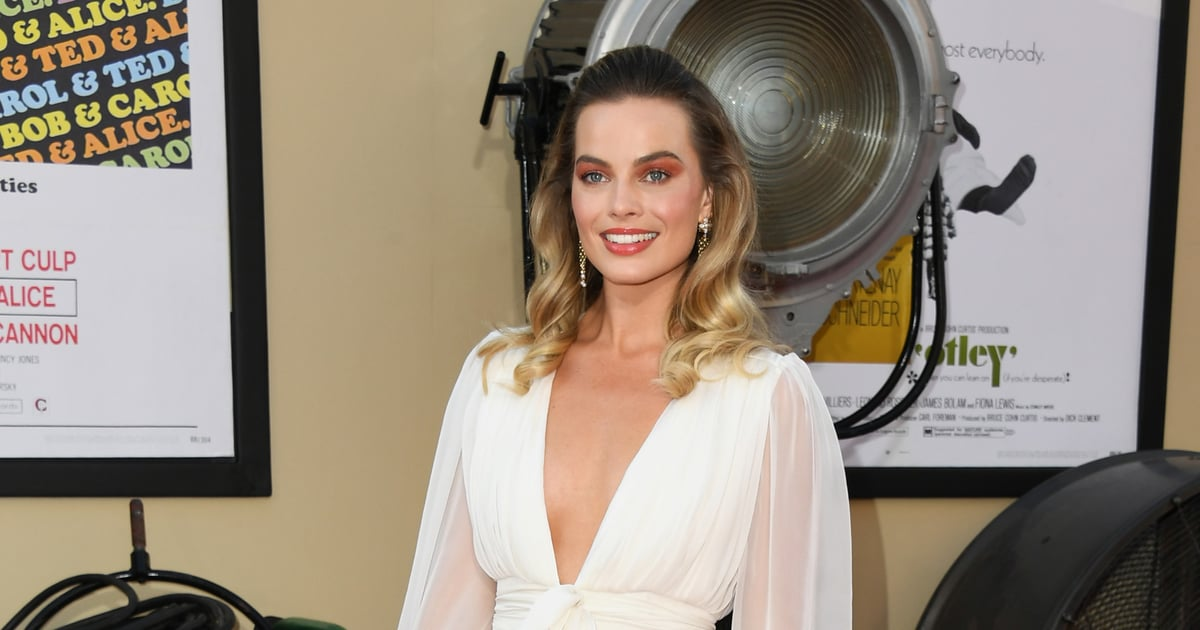 margot-robbie8217s-beauty-take-a-look-in-the-once-upon-a-time-in-hollywood-premiere-turned-into-a-subtle-nod-into-sharon-tate