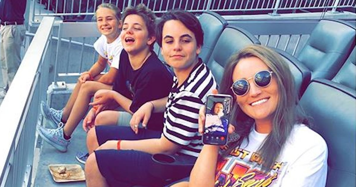 britney-spears8217s-sons-have-a-family-day-with-their-aunt-jamie-at-a-baseball-game
