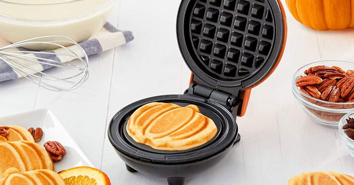 oh-my-gourd-this-mini-pumpkin-waffle-maker-is-so-sexy