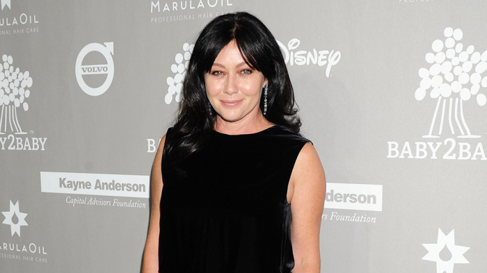 Shannen Doherty, '90210' actress, reveals she has stage 4 cancer