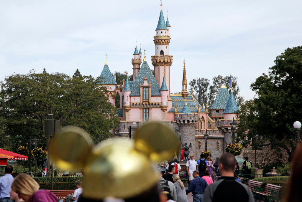 Disneyland Prices Have Reached a Record High, Exceed $200 for First Time