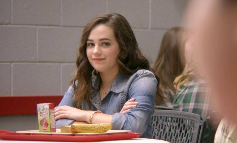 Mary Mouser as Samantha LaRusso