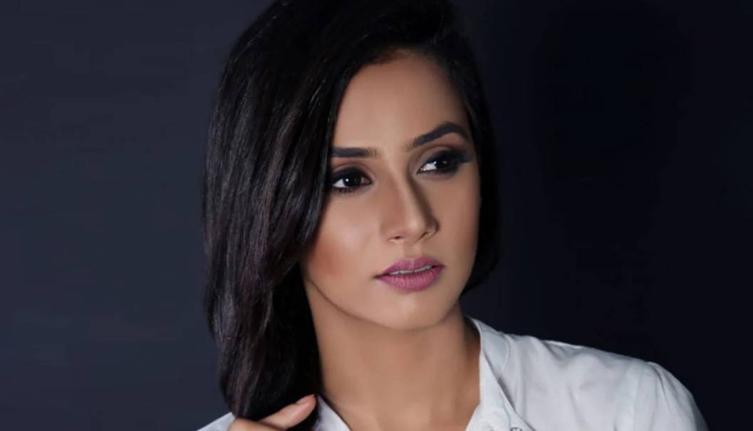 Taniya Kalrra as Amrita